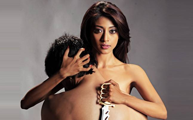 Remember Hot Paoli Dam Who Played The Lead Character In Hate Story How Can Someone Forget That Hotness Isnt It Now She Got Married To Her Childhood